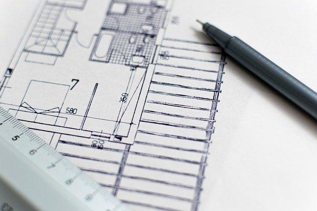 מהן ההשלכות של חריגות בנייה בעסקאות מכר מקרקעין?