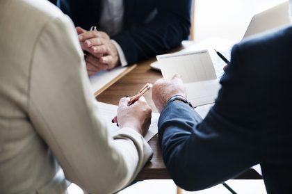 איך לבחור עורך דין מנהלי, ציבורי ומוניציפלי?